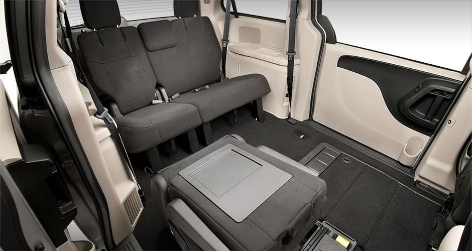 2015 dodge caravan interior