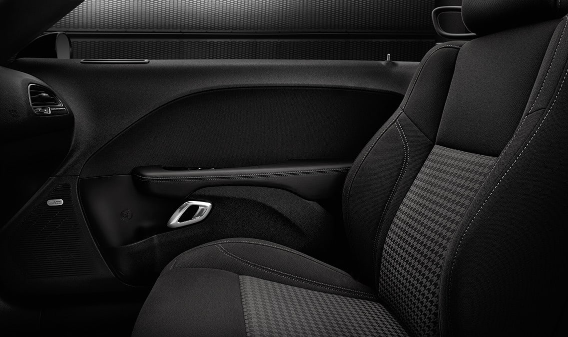 2016 Dodge Challenger R/T Cloth Sport Seats