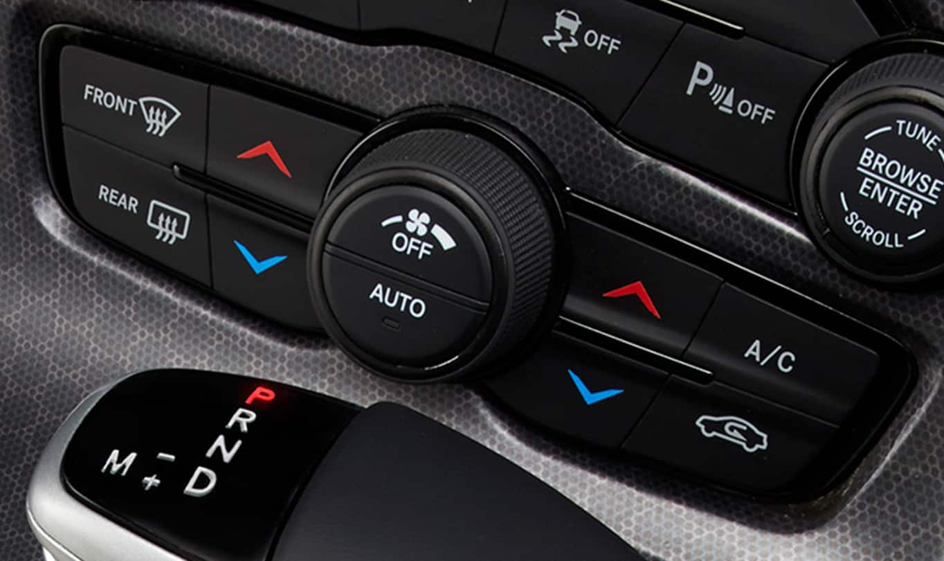 2016 Dodge Challenger R/T Plus Temperature Control