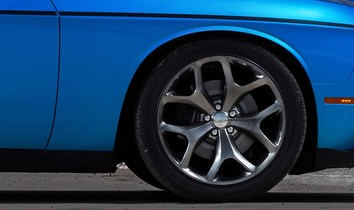2016 Dodge Challenger SXT Plus Wheels