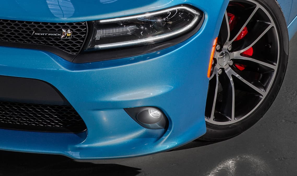 2016 Dodge Charger R/T Scat Pack Fog Lamps