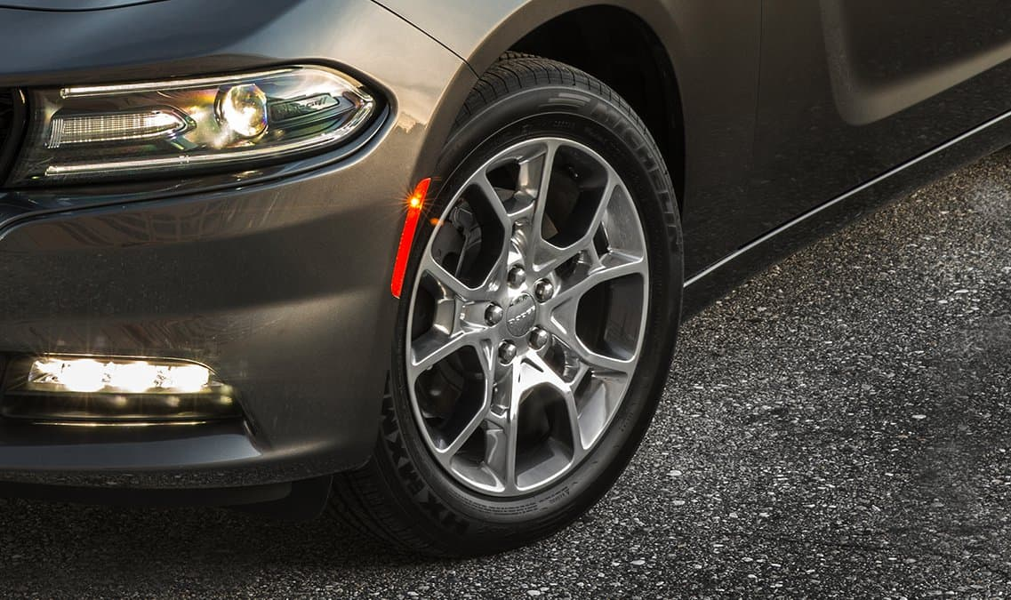 2016 Dodge Charger SXT AWD Wheels
