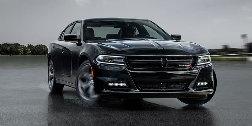 2016 Dodge Charger SXT AWD Front View
