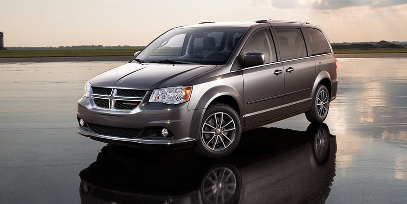 2016 Dodge Grand Caravan SXT Plus Front View