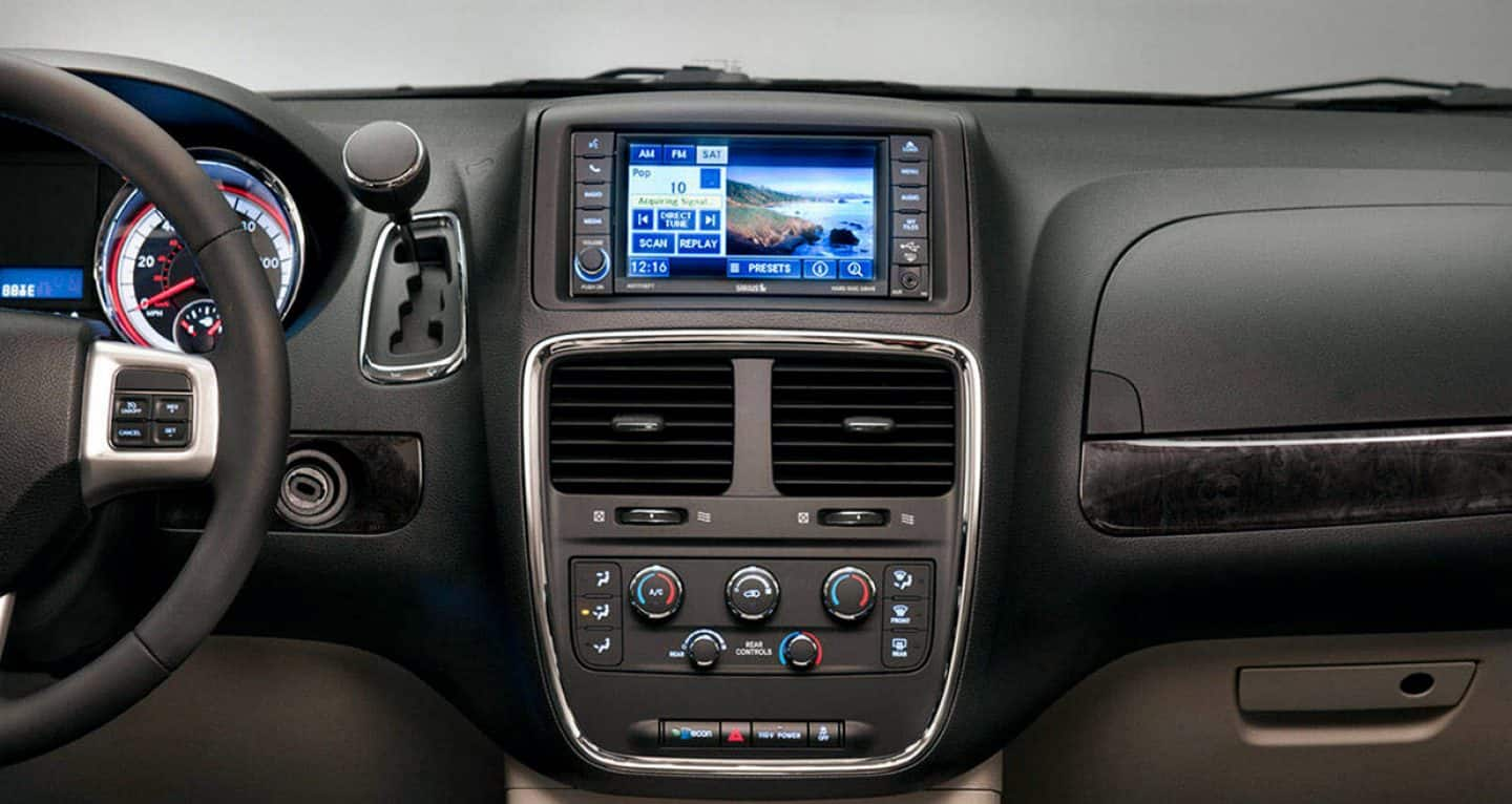 2018-dodge-grandcaravan-gallery-interior-5