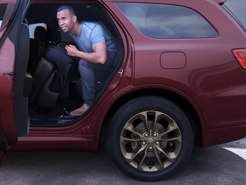 2020 Dodge Durango Suv Captain Chairs Interior Features